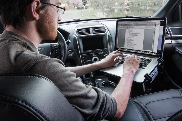 vehicle laptop mounts