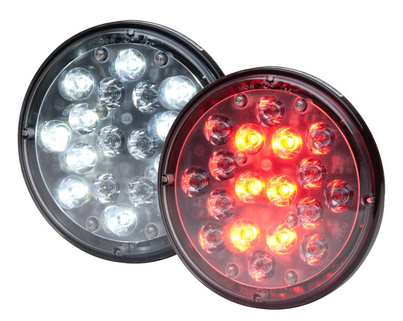 Spot light for commercial vehicle